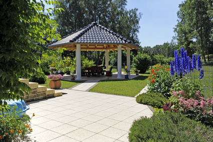 Terrassen berdachung material baurecht preise for Gartengestaltung dreieck