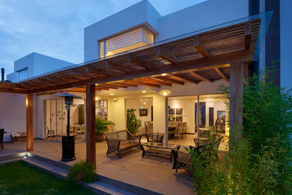 Terrassenüberdachung - Material, Baurecht & Preise ...